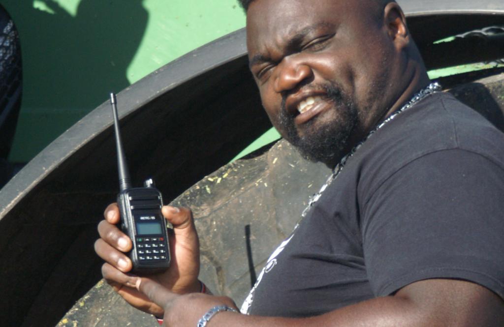 RT-80 mit Digital und Analog im kleinen Handlichen Format